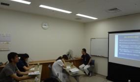 最初の講義は網塚が担当しました。