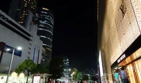 名古屋駅前です。やっぱり都会ですね。
