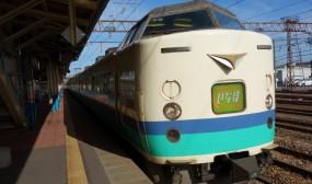 酒田から鶴岡には「特急いなほ」で向かいます。